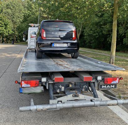 Abschleppfahrzeug mit Skoda e-Citigo